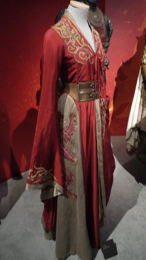 game_of_thrones___cersei_lannister_dress_by_coolmandaz-d68yvgp